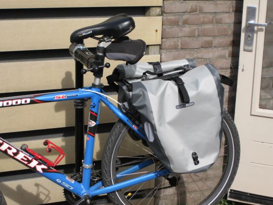 Unpacking Tubus Cargo Classic with Ortlieb HR Back-Roller Ltd. Edition